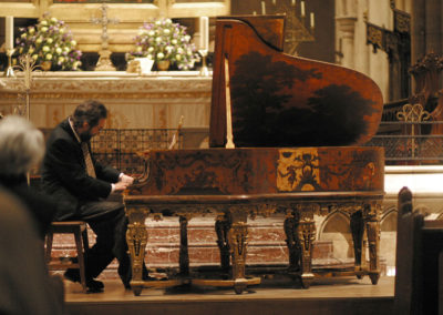 Christopher Culpo Solo Concert at the American Cathedral in Paris 2004. Photo by GuyTillim
